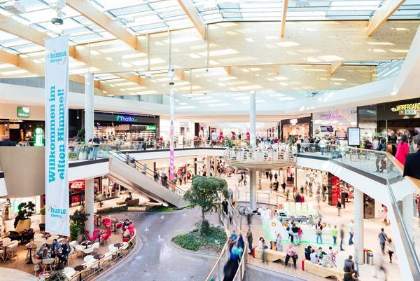 HUMA_ELEVEN_Mall_c_Robert_Fritz