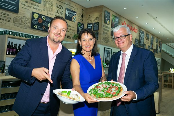 SES and Vapiano Management