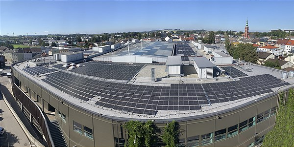 Photovoltaic System_WEBERZEILE_Ried